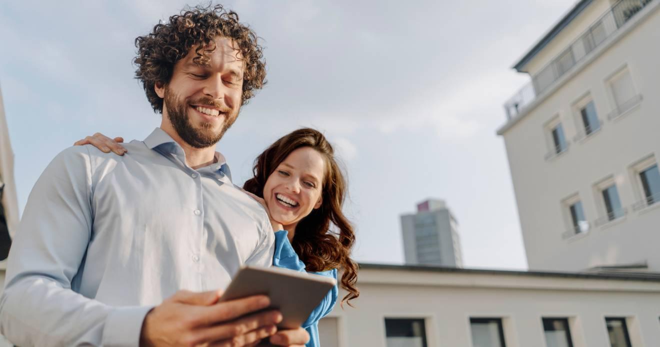 AdmiralDirekt - Ihre günstige Kfz-Versicherung: So macht Autofahren noch mehr Spaß!